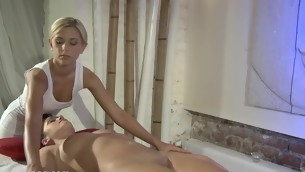 Non-stop slit satisfying during raunchy lesbian foursome party